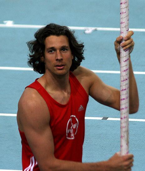 Danny Ecker, Alman sporcu. (sırıkla yüksek atlama) tarihte bugün