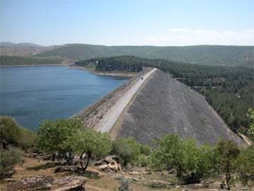 Demirköprü Barajı ve Hidroelektrik Santrali, açıldı. tarihte bugün