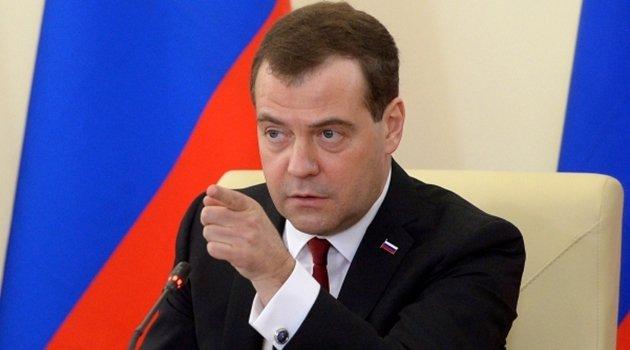 Dimitri Medvedev, siyasetçi tarihte bugün