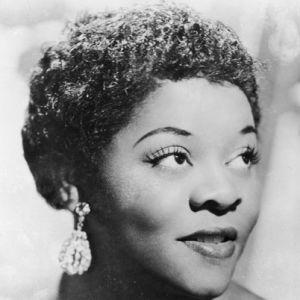 Dinah Washington, blues ve caz şarkıcısı (DY-1924) tarihte bugün