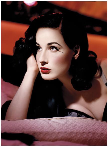 Dita Von Teese, Amerikalı model tarihte bugün