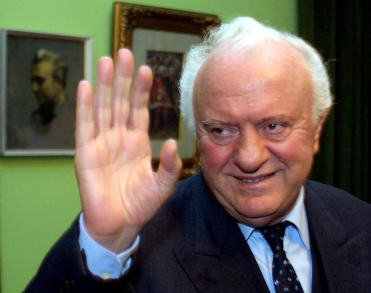 Eduard ޞevardnadze, Gürcistan eski devlet başkanı, SSCB eski dışişleri bakanı (DY-1928) tarihte bugün