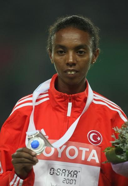 Elvan Abeylegesse, Etiyopya asıllı Türk atlet tarihte bugün