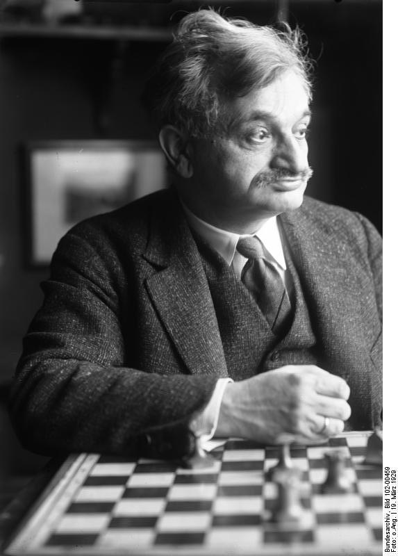 Emanuel Lasker, Alman Dünya satranç şampiyonu ve matematikçi (DY-1868) tarihte bugün