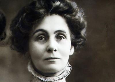 Emmeline Pankhurst, ingiliz kadın hakları savunucusu (ÖY-1928)