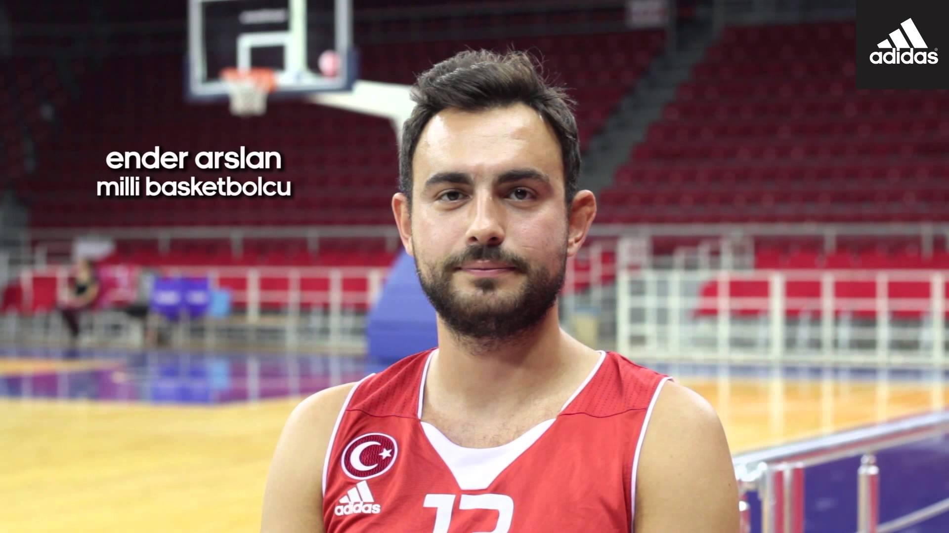Ender Arslan, basketbolcu tarihte bugün