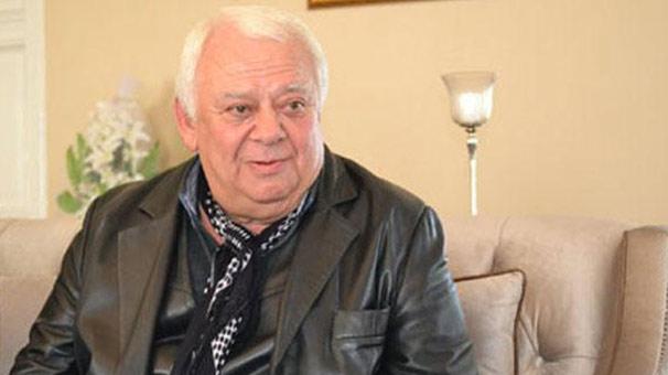 Oyuncu Ercüment Balakoğlu hayatını kaybetti.  tarihte bugün