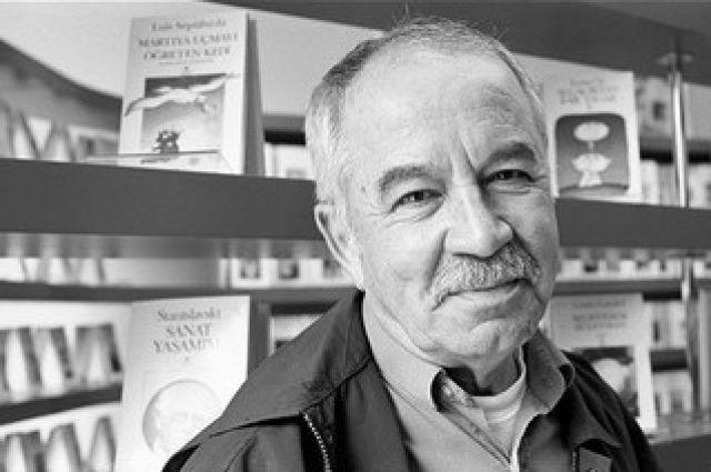 Erdal Öz, yazar (ÖY-2006) tarihte bugün