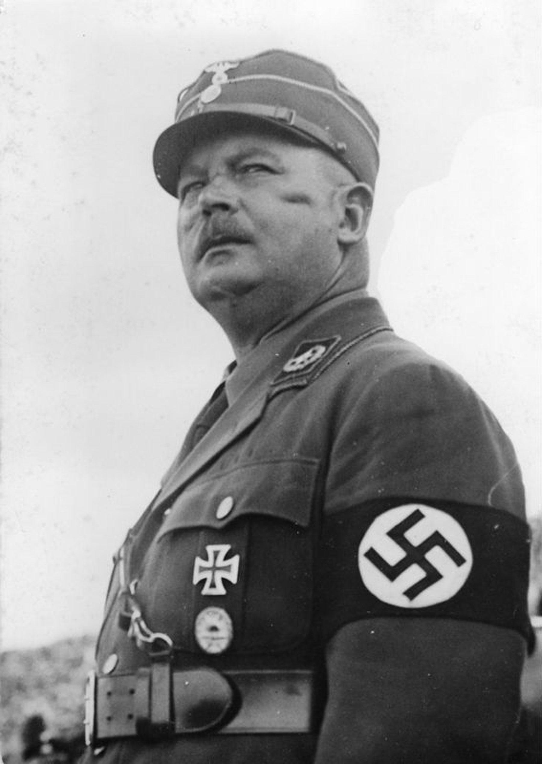 Ernst Röhm, Alman subayı, SA kurucusu (DY-1887) tarihte bugün