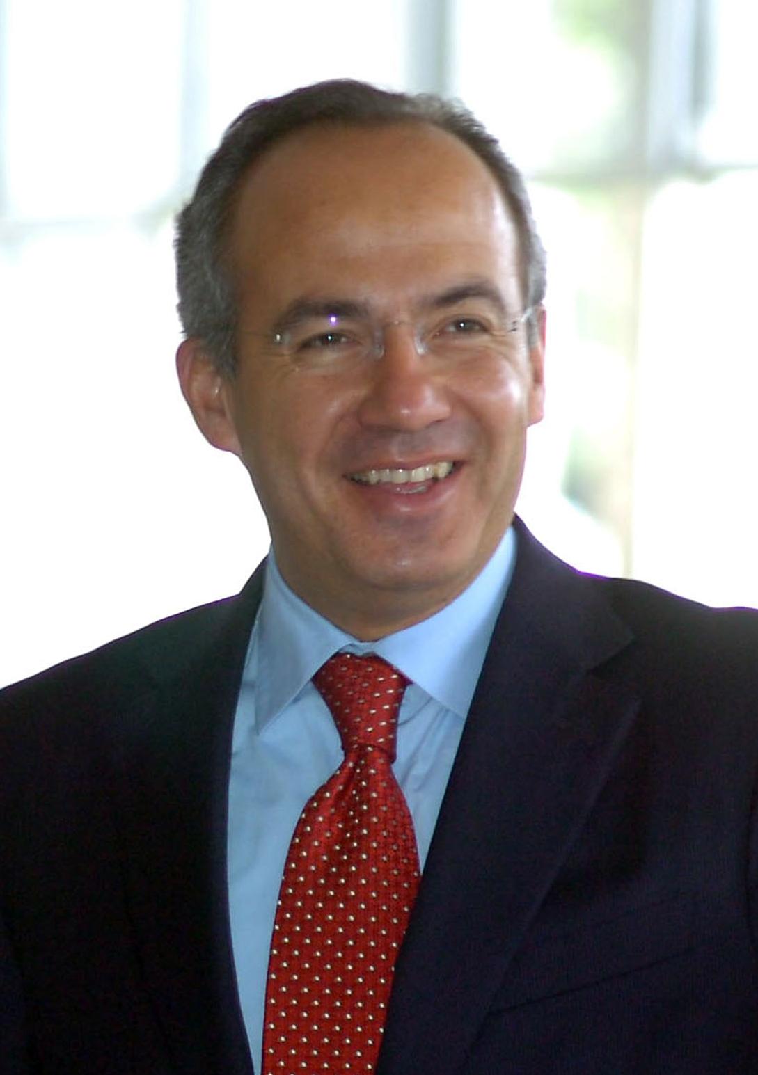 Felipe Calderon, Meksika Başkanı tarihte bugün