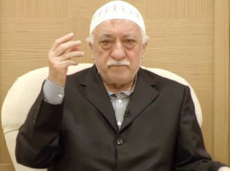 Muhammed Fethullah Gülen, emekli vaizdir, son yıllarda FETÖ kurucusu ilan edilmiştir. Aranan teröristler listesinde kırmızı listededir. tarihte bugün