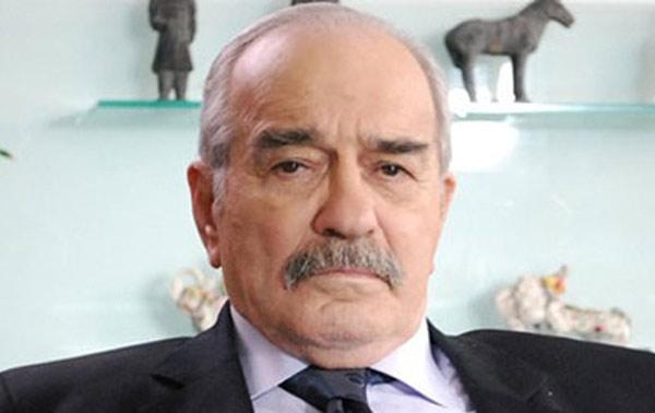 Türk Sinemasının efsane oyuncusu Fikret Hakan 83 yaşında hayata gözlerini yumdu. tarihte bugün