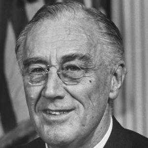 Aynı göreve dört kez seçilen tek kişi olan ABD'nin 32 Başkanı Franklin Delano Roosevelt.  tarihte bugün