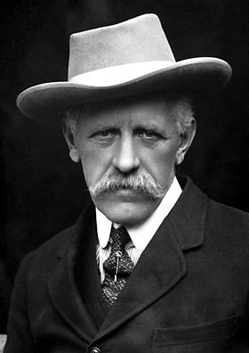 Fridtjof Nansen, bilim adamı, diplomat, Nobel Barış Ödülü sahibi (DY-1861) tarihte bugün