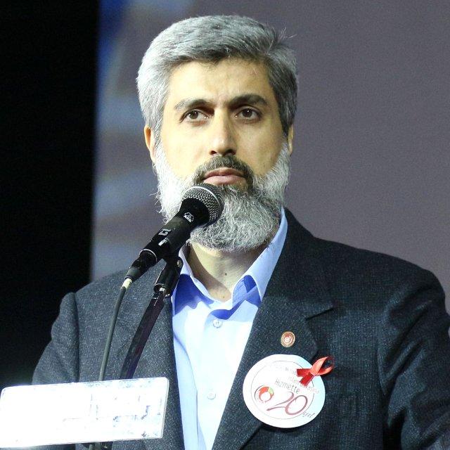 Adana merkezli 3 ilde Furkan Eğitim ve Hizmet Vakfı'na yönelik düzenlenen eş zamanlı operasyonda vakfın kurucu başkanı Alparslan Kuytul'un da aralarında bulunduğu 21 kişi gözaltına alındı. tarihte bugün