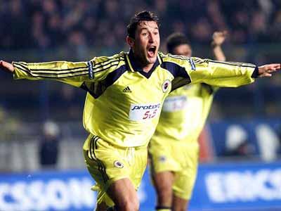 Viorel Moldovan, Rumen futbolcu tarihte bugün