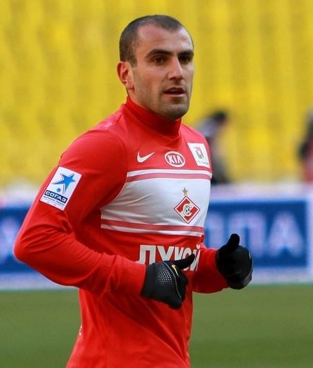 Yura Movsisyan, Ermeni futbolcu tarihte bugün