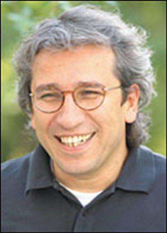 Can Dündar, araştırmacı gazeteci tarihte bugün