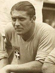 Giuseppe Meazza, italyan futbolcu (DY-1910) tarihte bugün