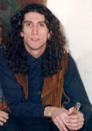 Gökhan Semiz, Grup Vitaminin solisti, söz yazarı (ÖY-1998)