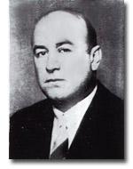 Necip Akar, Eczacı, Gripin'in üreticisi (DY-1904) tarihte bugün