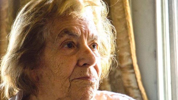 Halet Çambel, arkeolog ve yazar, Olimpiyatlardaki ilk Türk kadın sporcu (DY-1916) tarihte bugün