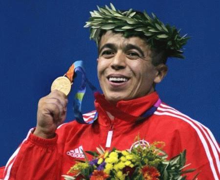 Halil Mutlu, Dünya ve olimpiyat şampiyonu halterci tarihte bugün