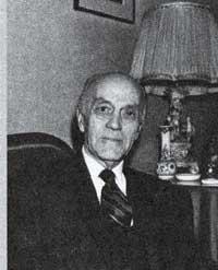 Hasan Esat Işık, siyaset adamı ve diplomat (DY-1916) tarihte bugün