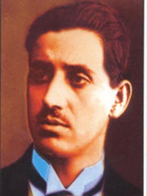 Hasan Tahsin, gazeteci, izmir işgalinde ilk kurşunu atmıştır. (DY-1888) tarihte bugün