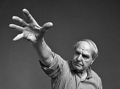 Henry Moore, heykeltıraş (DY-1898) tarihte bugün