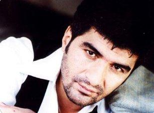 ibrahim Erkal, ses sanatçısı, şarkıcı. tarihte bugün