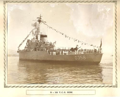 İlk Türk firkateyni Berk Gölcük'te denize indirildi. tarihte bugün