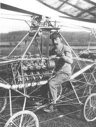 Paul Corno ilk helikopter uçuşunu başardı. tarihte bugün