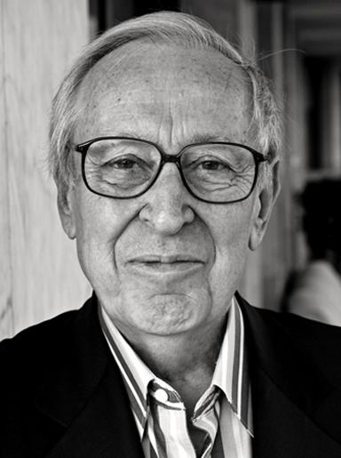 Türkiye'nin ilk kültür bakanı, Talat Sait Halman kalp krizi sonucu hayatını kaybetti. tarihte bugün