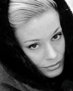 Ingrid Thulin, isveçli aktris (DY-1926) tarihte bugün