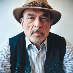 Irvin D. Yalom, Rus asıllı Amerikalı yazar ve psikiyatrist eğitimci.