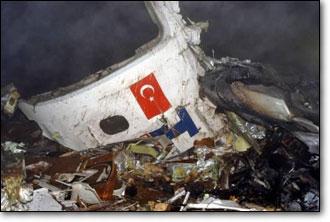 İstanbul-Diyarbakır seferini yapan THY'nin RC-100 tipi uçağı Diyarbakır'a inişi sırasında düştü: 74 kişi öldü, üç kişi yaralı kurtuldu. tarihte bugün