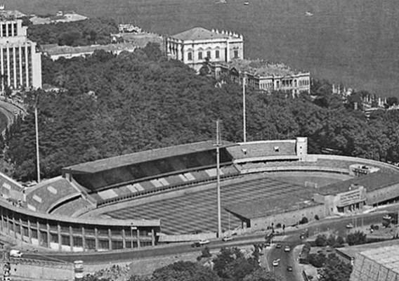 İstanbul İnönü Stadı açıldı. Stattaki İlk golü Süleyman Seba attı. tarihte bugün