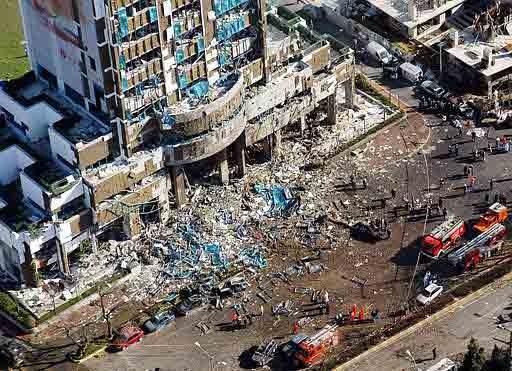 İstanbulda Iki Farklı Noktaya Bombalı Saldırı