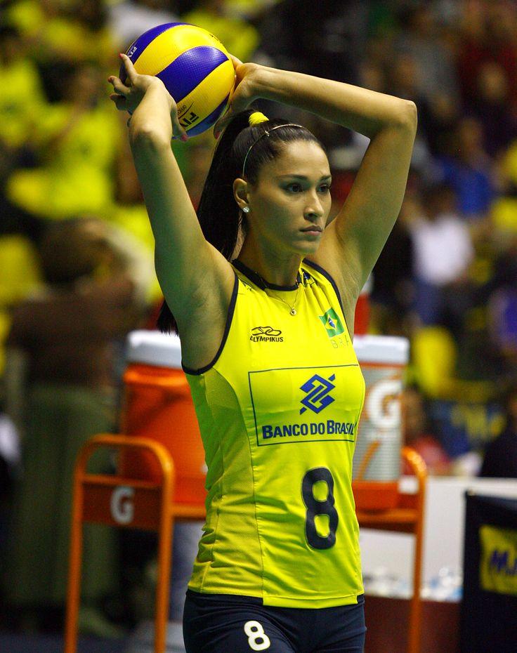 Jaqueline Maria Pereira De Carvalho, Brezilyalı voleybolcu tarihte bugün