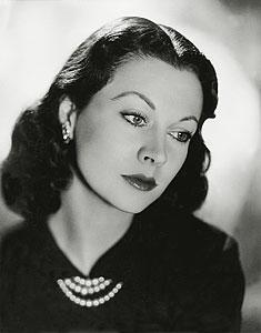 Jill Esmond, sinema ve tiyatro oyuncusu (DY-1908) tarihte bugün