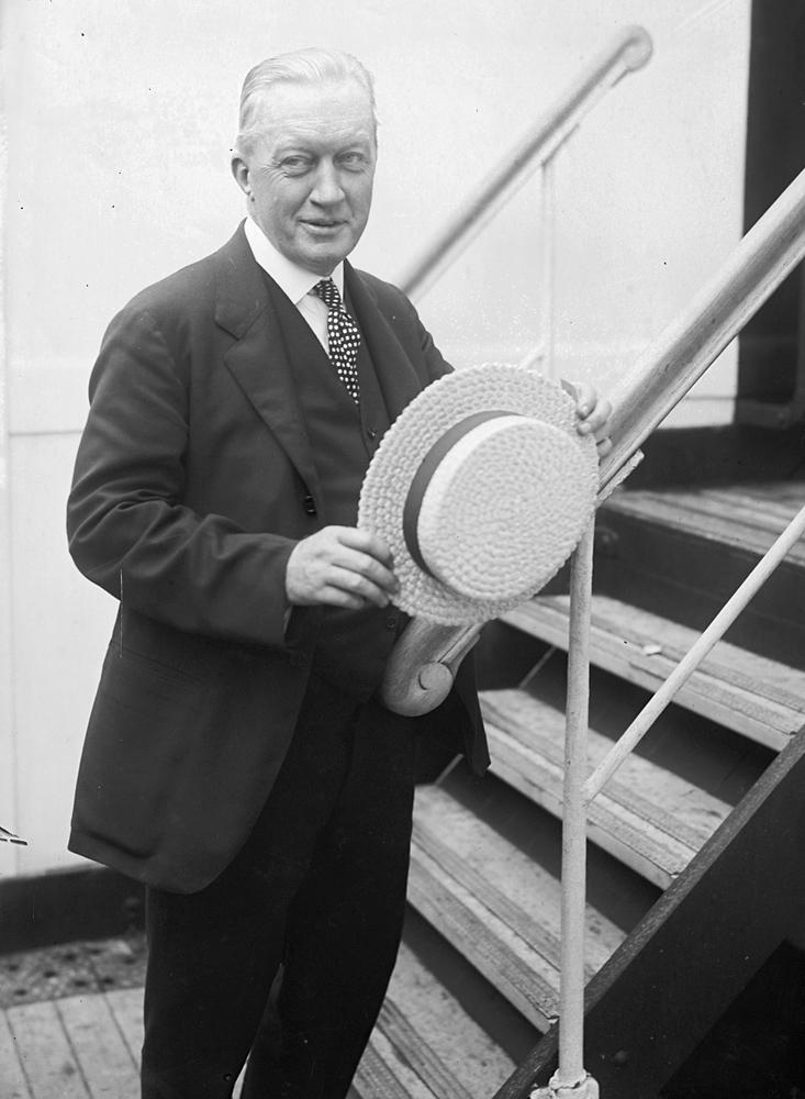 John Russell Pope, Amerikalı mimar (DY-1874) tarihte bugün