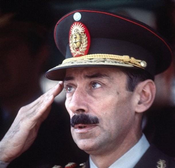 Jorge Rafael Videla, Arjantin eski devlet başkanı, siaysetçi tarihte bugün