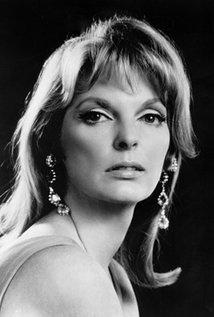 Julie London, Amerikalı oyuncu (ÖY-2000) tarihte bugün
