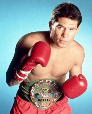 Julio Cesar Chavez, Meksikalı boksör tarihte bugün