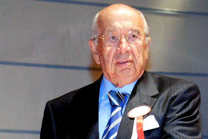Kadir Has,iş adamı (ÖY-2007) tarihte bugün