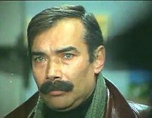 Tiyatro sanatçısı Kamran Usluer 67 yaşında İstanbul'da yaşamını yitirdi tarihte bugün