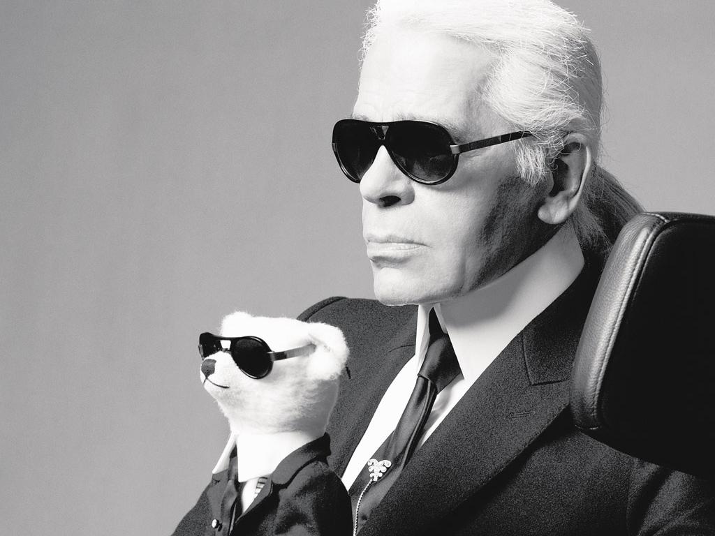 Karl Lagerfeld, Alman moda tasarımcısı tarihte bugün