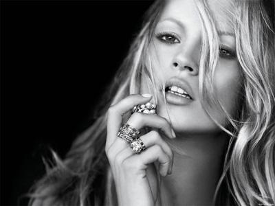 Kate Moss, ingiliz manken tarihte bugün