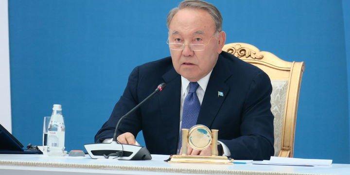 Kazakistan'da hükümet istifa etti tarihte bugün
